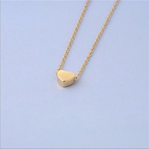 Jewelry - Dainty Gold Pendant Heart Necklace.